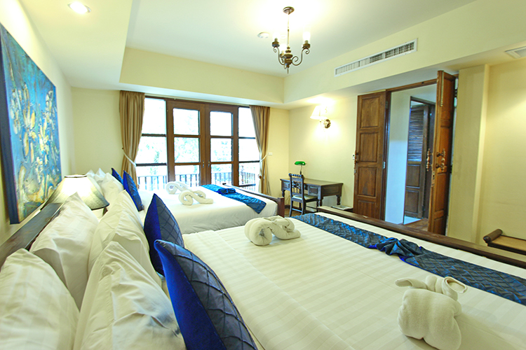 Deluxe_Family_Suite_Room